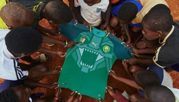 Buat Jersey Sepak Bola Kamerun Dengan Sentuhan Khusus Oleh Puma